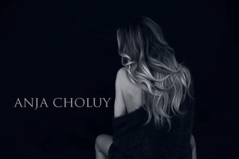 anja choluy white studio 7